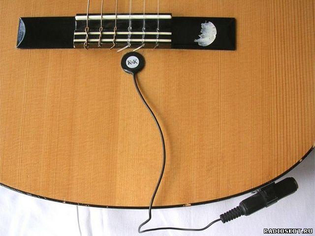 Фото пьезомикрофон в гитаре