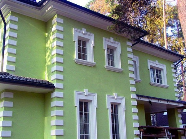 мокрый фасад с лепниной