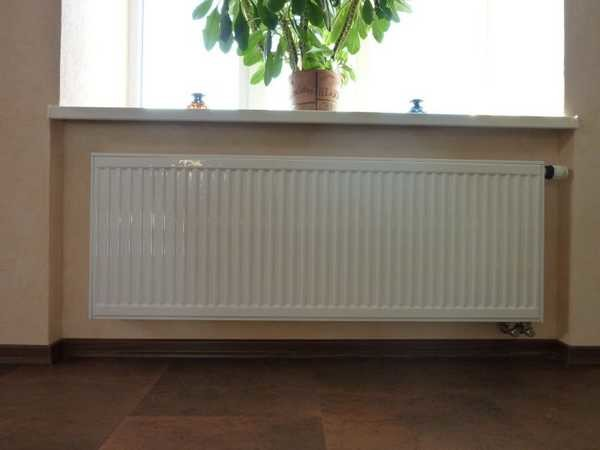 Радиатор должен занимать не менее 70-75% ширины оконного проема