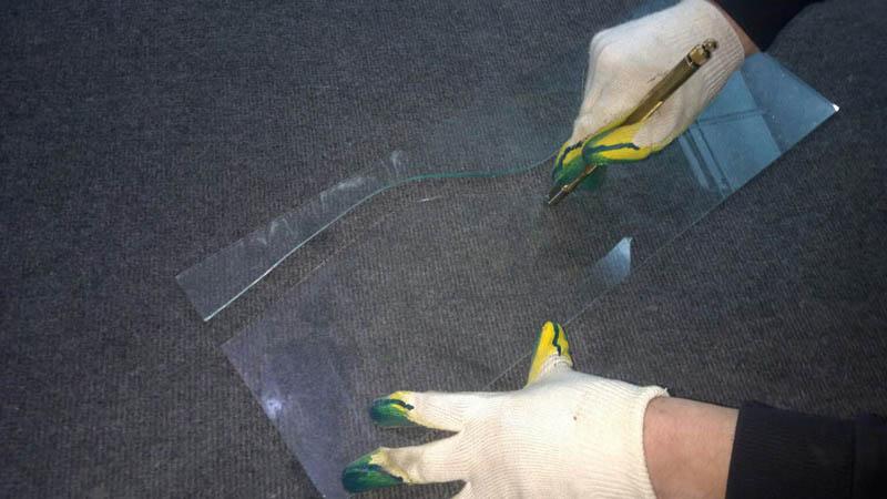 Нарезка стекла для двери