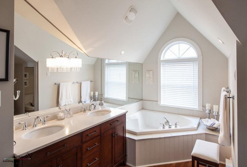 Благодаря широкому размерному ряду угловых ванн, можно подобрать наиболее подходящий вариант для помещения ванной комнаты