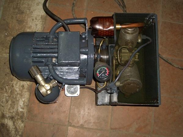 Двухступенчатая компрессорная головка АК-150.
