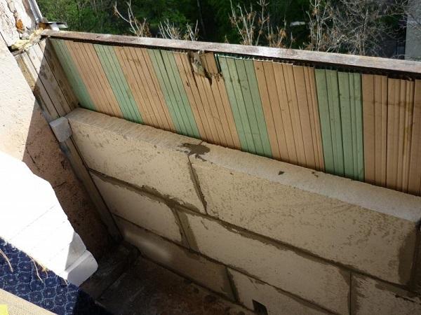 кладка из пеноблоков на балконе