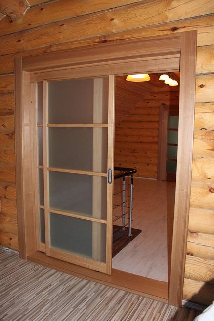 раздвижные двери в компактные дома