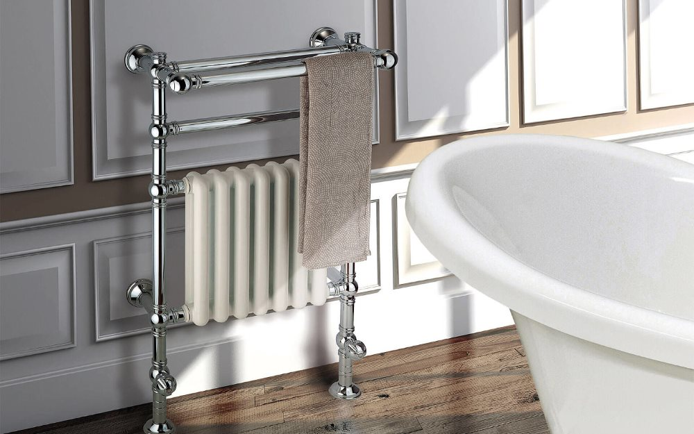 Полотенцесушитель с радиатором в ванной классического стиля