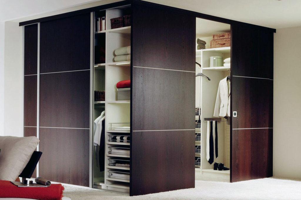 Двери купе для гардеробной