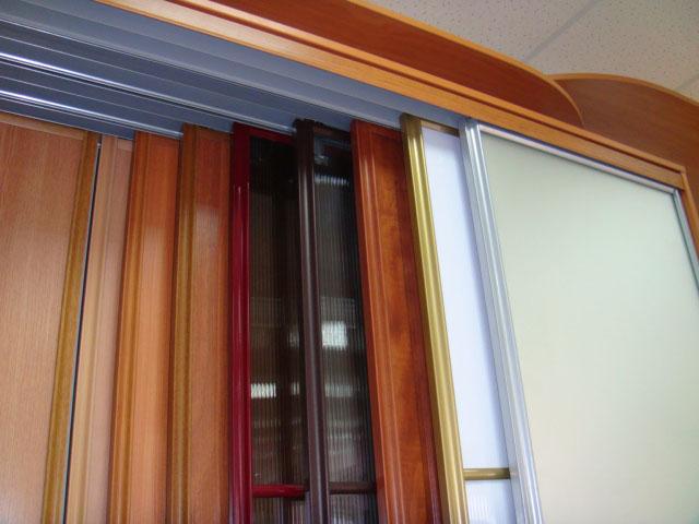 двери купе для гардеробной - материалы