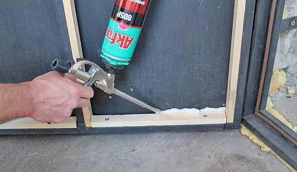 как утеплить металлическую входную дверь снаружи