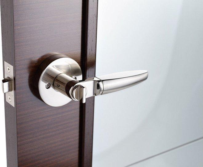 дверь в ванную комнату - фурнитура