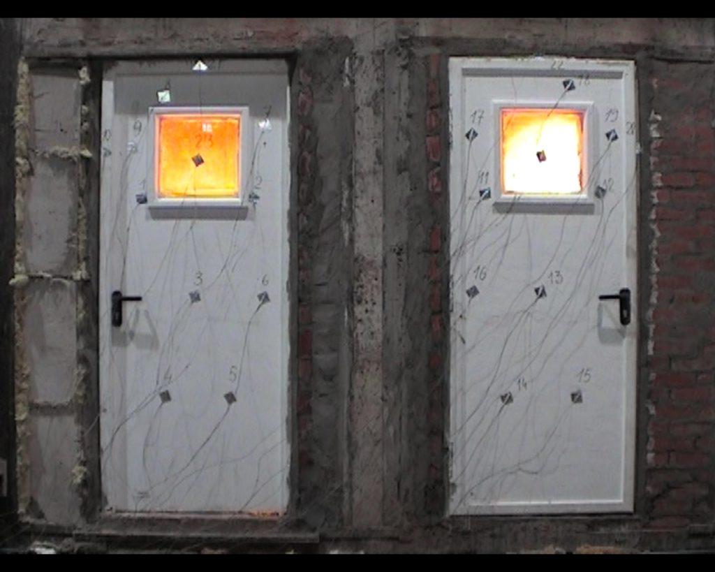 ustanovka_protivopozharnyx_dverej_-3