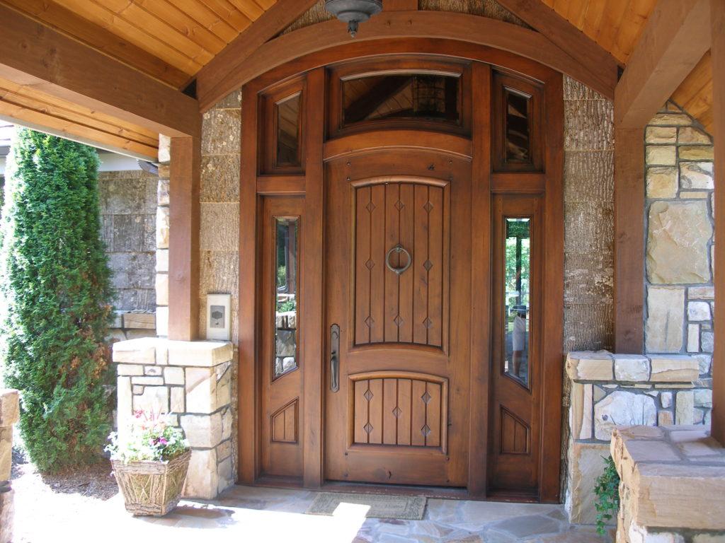 Входная дверь в частный дом - 2