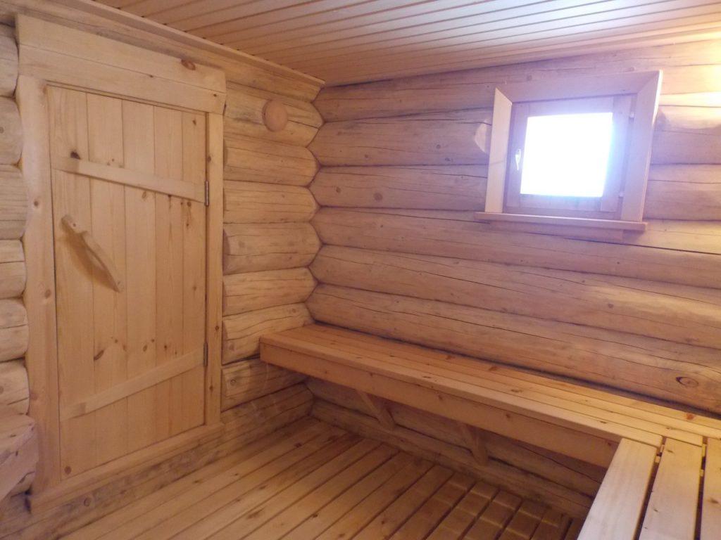 Дверь для бани 1