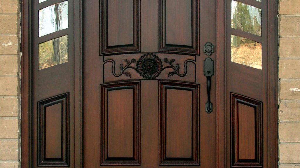 Двери из натуральной древесины 2