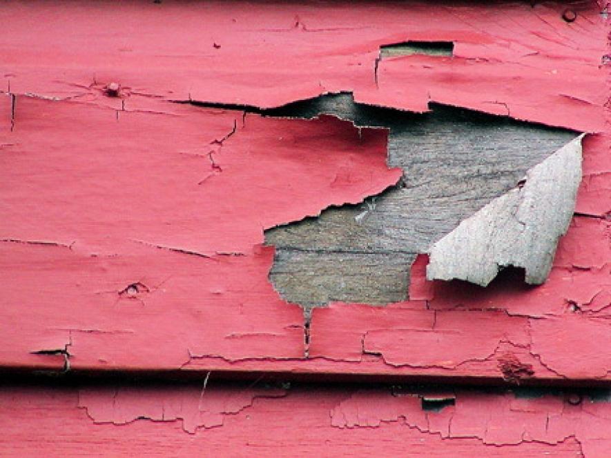 как очистить старую дверь от краски 1