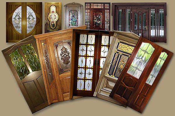 Межкомнатные двери с декоративными вставками из стекла