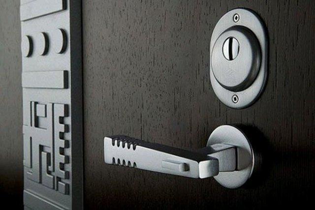 Сеф-двери