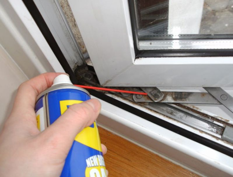 Как вскрыть пластиковую дверь