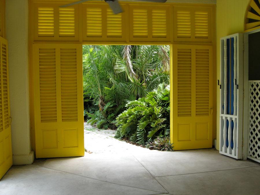 Жалюзийные двери 2