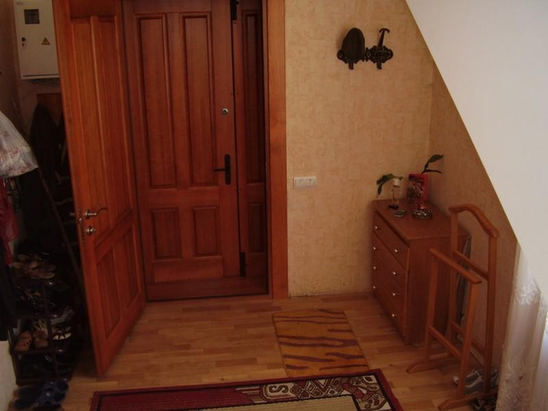 Звукоизоляция двери в квартире