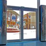 Тепловая завеса на входную дверь встроенная