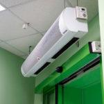 Тепловая завеса для входной двери водяная