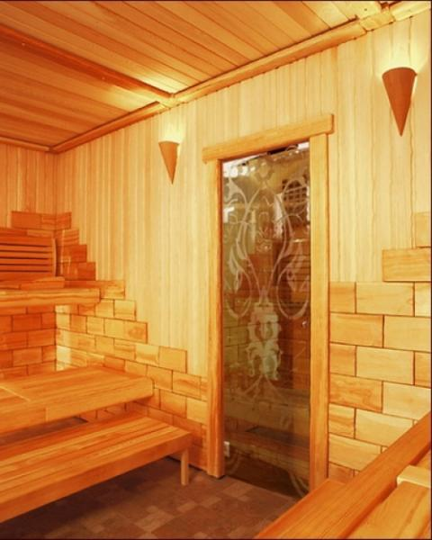 derut-v-saune