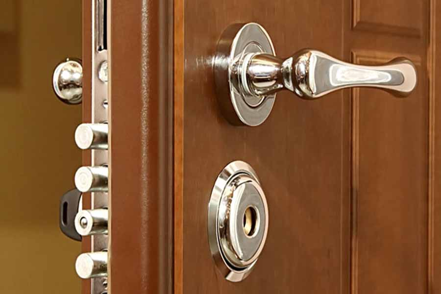 Самостоятельная замена замка на входной металлической двери