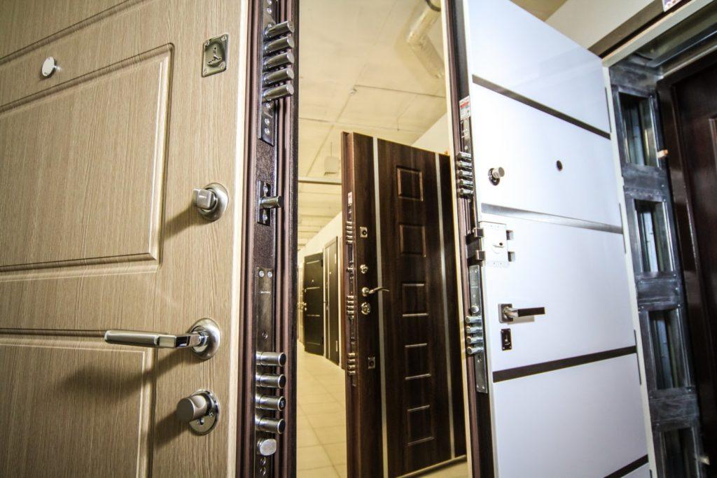 Как выбрать входную дверь в квартиру 1