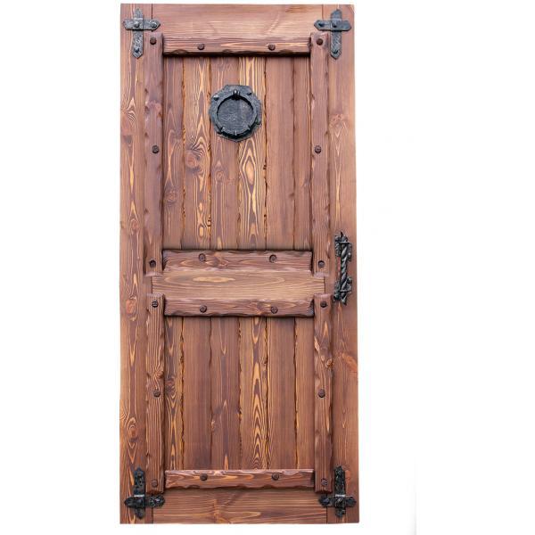 Дверь в деревенском стиле