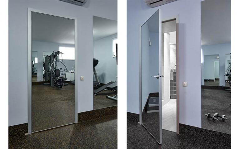 Зеркальный декор дверей