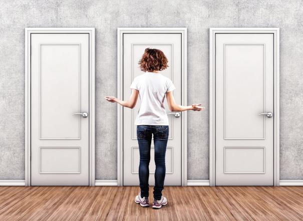 Как облагородить дверь