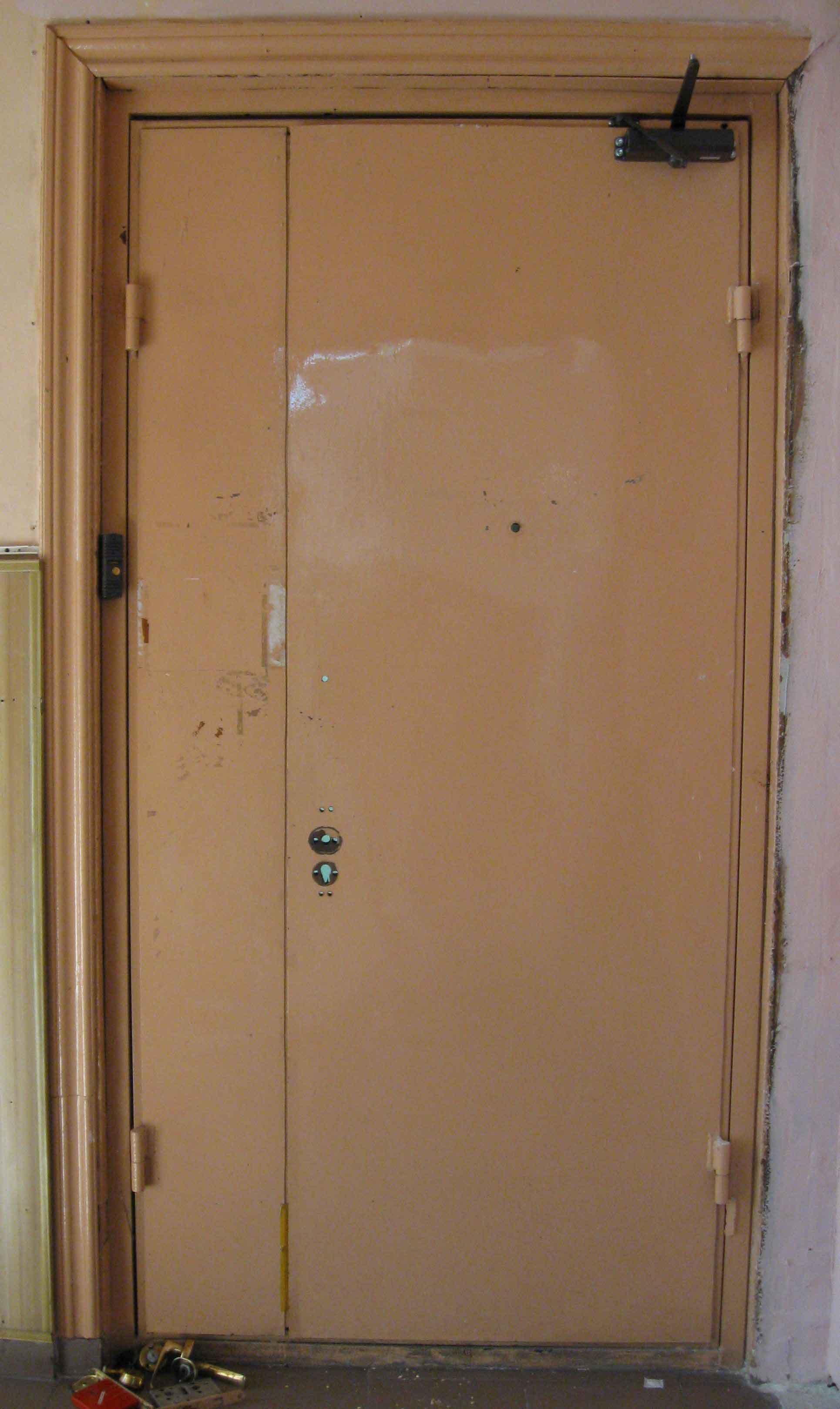 Реставрация входной двери своими руками фото