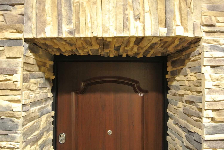 Откосы для двери из искусственного камня