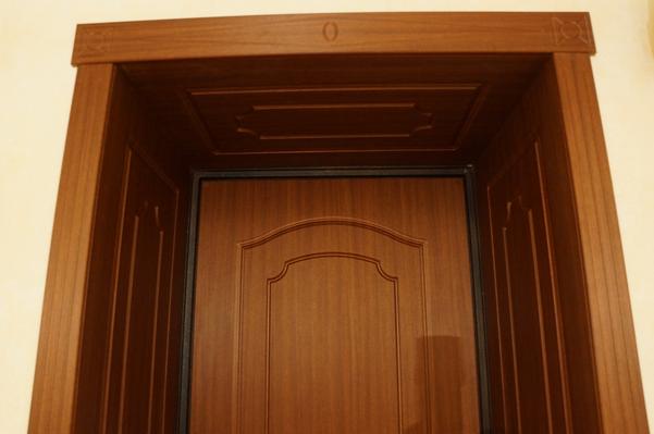 Двери с доборными панелями