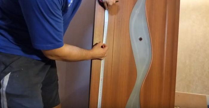Стандарт для межкомнатных дверей составляет 950 мм